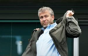 Роман Абрамович«ВТБ Капитал», инвестиционное подразделение группы ВТБ, приобрел 20% акций АО «Первый канал» у компании «ОРТ-КБ», принадлежащей Роману Абрамовичу
