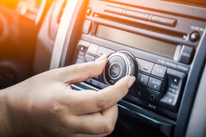 Исследование: аудитория радиослушателей заметно снизилась за последнее десятилетие