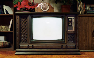 Конец аналогового ТВ в России отложен на год