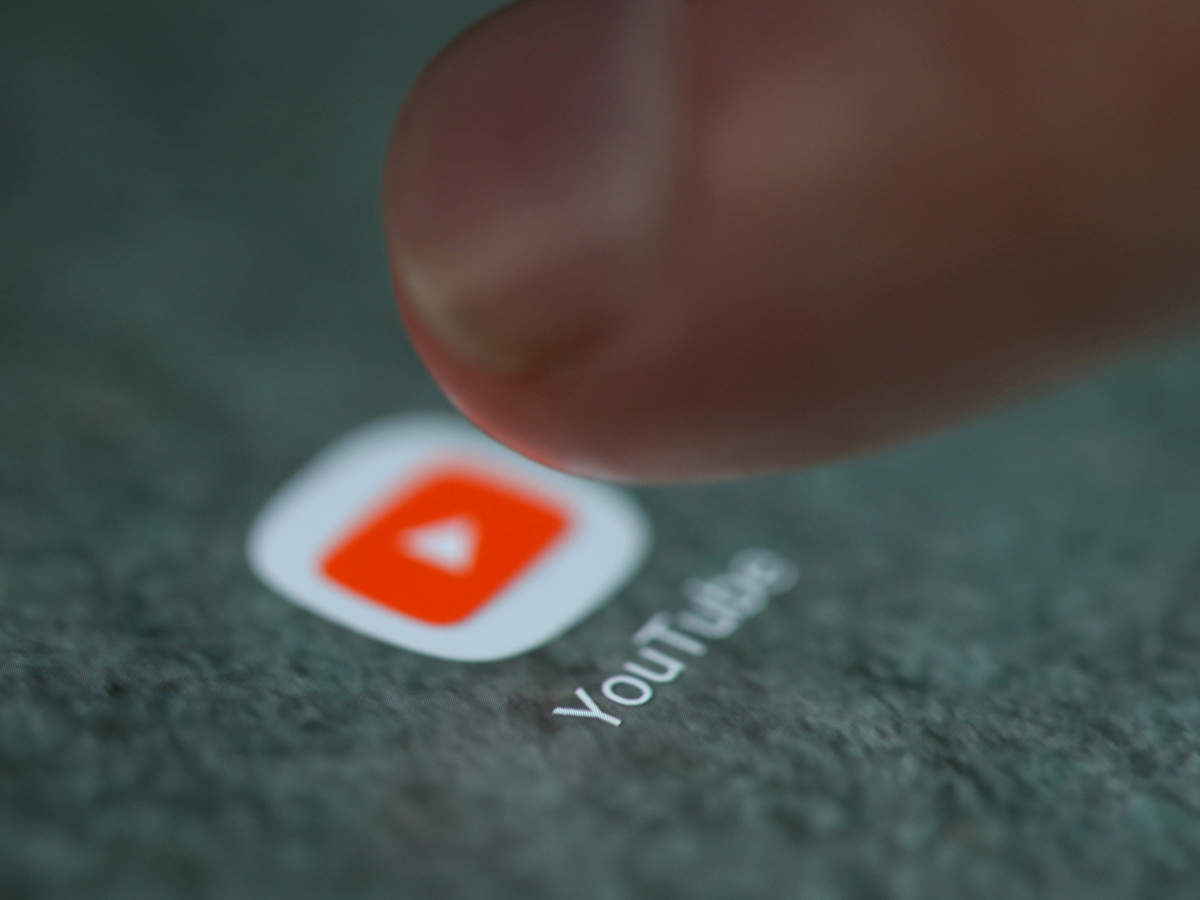 YouTube будет показывать рекламу во всех роликах и не платить авторам