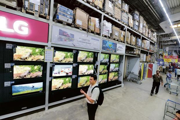 Продажи телевизоров вРоссии упали на15%