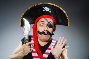 Вслед за Moonwalk, закрыты два других крупнейших пиратских контент-провайдера