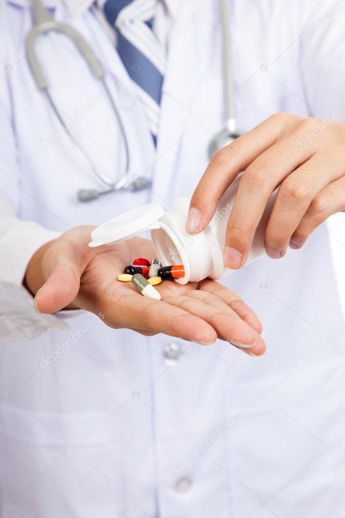 Рекламу лекарств вдетских телепередачах могут законодательно запретить
