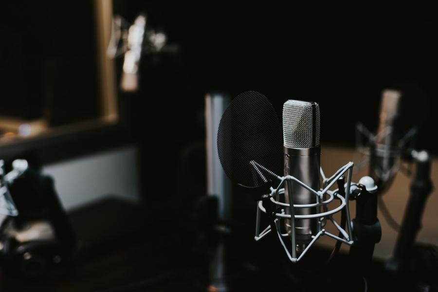 Рынок онлайн-аудиорекламы в2020 году составит 990 млн рублей