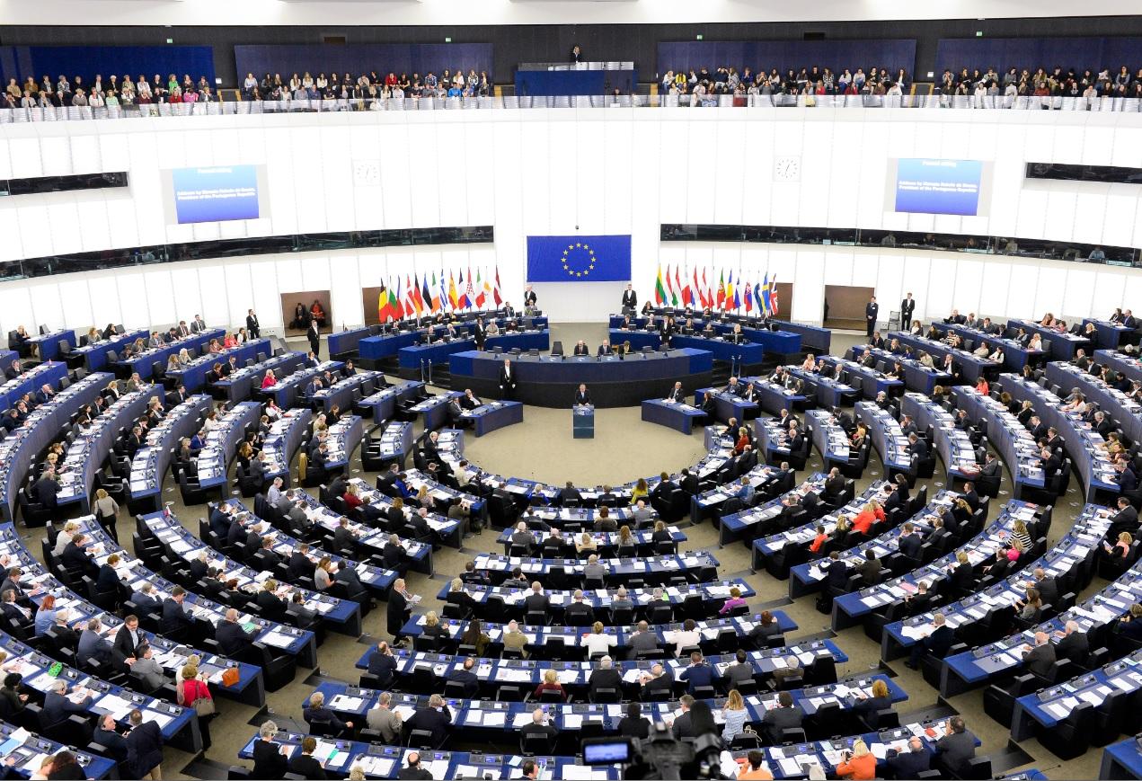 Европарламент принял дополнительные законы о защите авторских прав в интернете